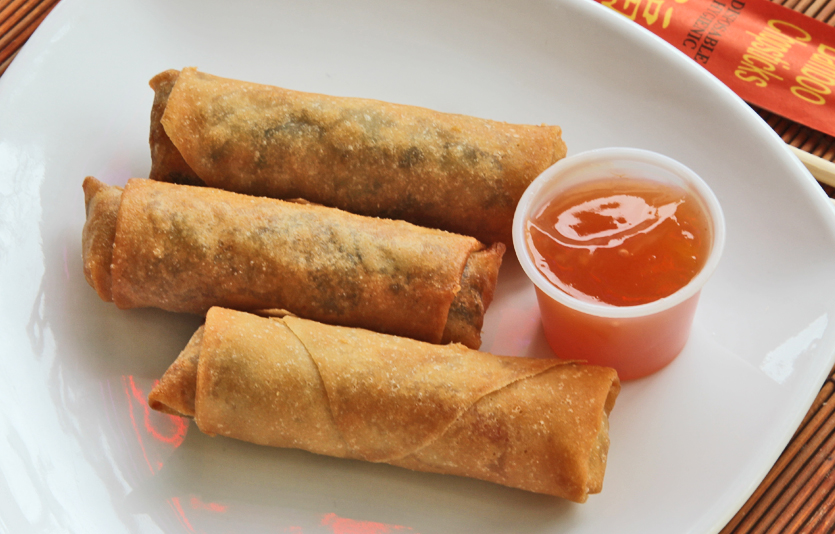 Fried Egg Rolls at Great Wall Chinese Restaurant, New Haven, CT.Photograph Copyright 2012, Chuck Dorris, eDining.us.